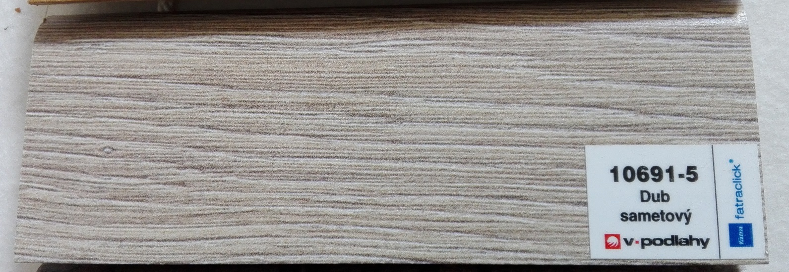 FatraClick soklová lišta Dub Sametový 10691-5